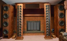 Mono and Stereo High-End Audio Magazine: Vos Loudspeakers Precision Sound Array speaker system Fi Car Audio, Pro Audio Speakers, Big Speakers, Audiophile Speakers, Hifi Audio, Sound Room, Speaker Box Design, Audio Design, Audio Room