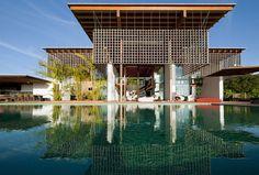Casa Quinta da Baroneza by Candida Tabet Architecture, Brazil
