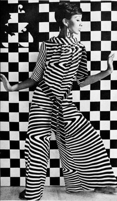 Op art, short for optical art, is a style of visual art that uses optical illusions. Op art works are abstract, with many better known pieces created in black and white 60s And 70s Fashion, Mod Fashion, White Fashion, Trendy Fashion, Fashion Art, Fashion Models, Vintage Fashion, Fashion Design, Gothic Fashion
