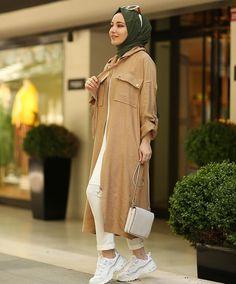Mode Hijab, Hijab Outfit, Nice Tops, Hijab Fashion, Casual Wear, Barbie, Street Style, Shirt Dress, Stylish