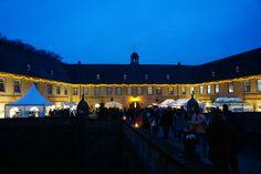 Weihnachtsmarkt im Stallhof auf Schloss Dyck http://www.ausflugsziele-nrw.net/weihnachtsmarkt-schloss-dyck/ #SchlossDyck #Jüchen #Schloss #Burg #Castle #Dyck #Weihnachtsmarkt