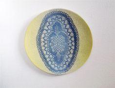 Sieh dir dieses Produkt an in meinem Etsy-Shop https://www.etsy.com/de/listing/234977111/gelb-blaue-wand-platte-kunst-keramik
