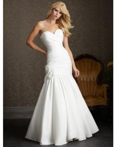 Sweetheart Fitted Dropped Bodice Flowers Taffeta Mermaid Wedding Dress