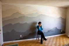 Pared decorada con Mural de Montanas Paso por paso
