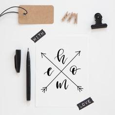 """Lettering-Freebie """"home"""" Zum Downloaden, ausdrucken und als Bild-Deko für die Wohnung verwenden oder als Vorlage zum lettern. Freebies, Bullet Journal Inspo, Lettering, Ipad, Notebook, Templates, Inspiration, Sayings, Pictures"""