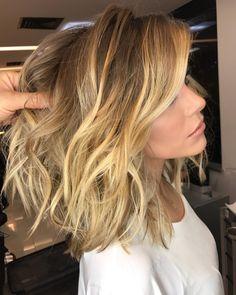 """11.3k Likes, 84 Comments - ROMEU FELIPE (@romeufelipe) on Instagram: """"Blonde Dourado✨ #romeufelipe #blondehair #equiperomeufelipe #squarebyromeufelipe"""""""