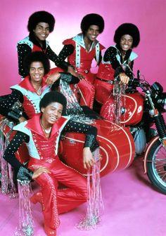 Jackson 5 ~ Michael Jackson & his siblings Jermaine, Randy, Marlon&Tito Jackson 5, Jackson Family, Tito Jackson, Jackie Jackson, Music Icon, Soul Music, Music Music, Black Power, The Jacksons