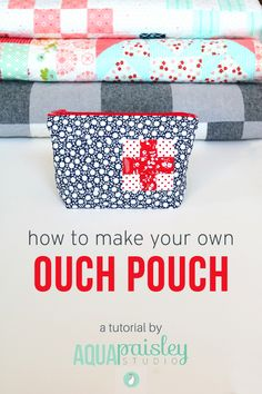 Sewing Crafts Handmade Ouch Pouch - Aqua Paisley Studio - Make your own zippered pouch with this simple tutorial. Lots of images are included so you can see exactly what you need to do to be successful. Sewing Hacks, Sewing Tutorials, Sewing Crafts, Sewing Tips, Bag Tutorials, Sewing Ideas, Tutorial Sewing, Sewing Patterns Free, Free Sewing