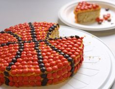 Reeses Pieces basketball cake for March Madness and NBA finals #NCAA #NBA