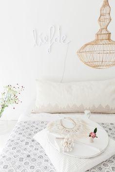 Chill out with these beautiful cushions of V@AMSTERDAM by Veronika Utasi#vatamsterdam #interiordecor #interior #interiorstyling #slaapkamer #bedroom #interiordesign #woonassecoaires #wooninspiratie #woonaccessoires #amsterdammemories #amsterdampillow #amsterdamgift #madeinamsterdam #whiteinterior #amsterdamcushion #grachtenpand #scandinaviandesign #homedecor #flairnl #iloveamsterdam #madeinamsterdam #canalhouses #dutchdesign #flairnl #snowwhite #swedishinterior#living