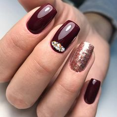 Choosing between countless burgundy nails ideas is a tough job. But, hey, you have all the time in the world ahead, right? Dive in!