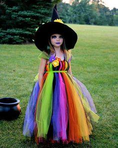Brujita de tul, Halloween