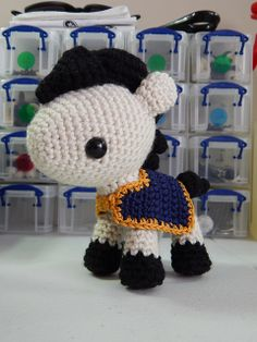 Blanket for your Pony or Horse Amigurumi - Free Crochet Pattern http://yarnplanet.tumblr.com/day/2014/02/21