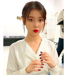 Like Beauty Life fo Keep Cover Iu Twitter, Kpop Hair, Iu Fashion, Korean Fashion, Fashion Outfits, Dye My Hair, Korean Beauty, Kpop Girls, Asian Girl