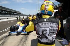 Townsend Bell's race suit and No. 29 car for the 100th running of the Indy 500 include Robert Graham designs and colors.