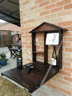 Pallet furniture pieces to embellish your home or garden! See the possibilities @ https://glamshelf.com
