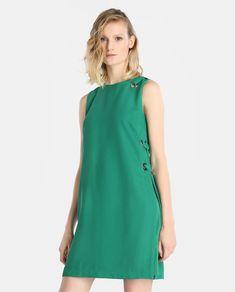 Vestido verde de mujer Elogy con eyelets en el lateral