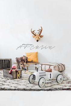 Cute decor ideas for a toddler boy's room Modern Kids Furniture, Diy Bett, Scandinavian Nursery, Kids Room Design, Inspiration For Kids, Kids Corner, Baby Boy Nurseries, Kids Decor, Decor Ideas