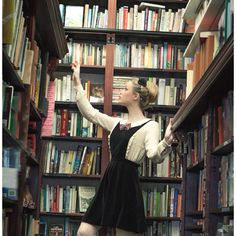 I just want all those books!