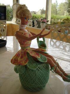Féerique robe en crochet pour Barbie