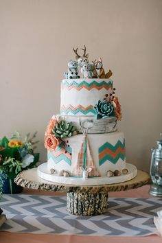 Glamping Themed Baby Shower - Camping themed cake for this Glamping shower Photography: Echard Wheeler Photography echard-wheeler - Gateau Baby Shower, Baby Shower Cakes, Baby Shower Themes, Pretty Cakes, Cute Cakes, Beautiful Cakes, Amazing Cakes, Tribal Baby Shower, Baby Boy Shower