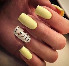 Whether you like long or short nails, acrylic or gel nails, french or coffin nails, matte or glitter nails, you can always find in here with yellow colors. Have a look at yellow nail designs we collected and choose the one that suits you the best. Nail Designs Spring, Acrylic Nail Designs, Nail Art Designs, Acrylic Nails, Yellow Nails Design, Yellow Nail Art, Pastel Yellow, Trendy Nails, Cute Nails