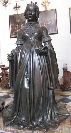 16th century (1502-1555) Austria Austria, Innsbruck, Hofkirche bronze statue of Elisabeth von Kärnten, Görz und Tirol  http://de.wikipedia.org/w/index.php?title=Datei:Innsbruck_1_243.jpgfiletimestamp=20080320174221