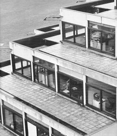 Norfolk Terrace, University of East Anglia, Norwich, England, 1962-68    (Denys Lasdun)