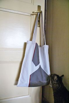 recycling bag decorated with an old tie