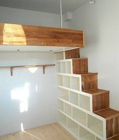 44 Comfy Loft Bed Design Ideas For Teen. Comfy Loft Bed Design Ideas For Teen Making a loft bed can be one of the most rewarding projects you undertake. The look on your child or […] Mezzanine Bedroom, Loft Room, Bedroom Loft, Mezzanine Loft, Kids Bedroom, Trendy Bedroom, Raised Beds Bedroom, Bedroom Black, Bedroom Small