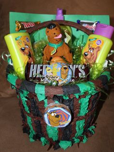 Scooby Doo Basket... Connor would love this for Easter!