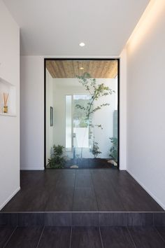 Modern residence from Clasis Home Minimalist Architecture, Minimalist Interior, Minimalist Home, Modern Interior Design, Interior Architecture, Entrance Ways, House Entrance, Patio Interior, Interior And Exterior