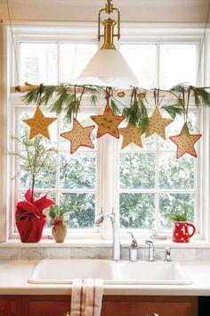 Decoração de Natal estrelas na janela