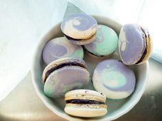 Macaron Fetish: Tri-Colours: Blueberry White Chocolate Ganache Macarons