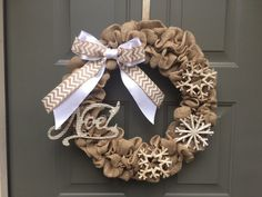 Friday Faves | Christmas Wreath Inspiration