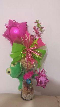 Iyb Valentine Bouquet, Birthday Bouquet, Birthday Diy, Candy Bouquet, Balloon Bouquet, Valentine Baskets, Valentine Gifts, Balloon Centerpieces, Balloon Decorations
