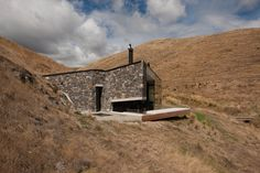 Seascape Banks Peninsula comprises of the eroded remnants of two large composite Miocene shield volcanoes and this remote beachside cottage is set into an..