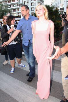 #Cannes, #Elle, #ElleFanning Elle Fanning in Pink - Out in Cannes 05/19/2017   Celebrity Uncensored! Read more: http://celxxx.com/2017/05/elle-fanning-in-pink-out-in-cannes-05192017/