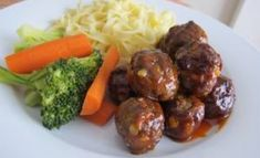 Recipe: Honey and garlic meatballs. Healthy Eating Tips, Healthy Nutrition, Beef Recepies, Wan Tan, One Pot Dishes, Asian Recipes, Ethnic Recipes, Comfort Food, Meatball Recipes