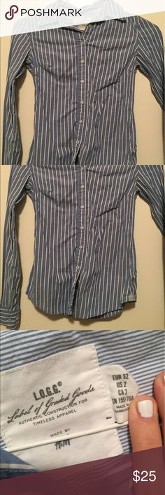 Blue and white striped button down Great condition! Very nice elegant blue and white striped button down from H&M. Fits true to size. H&M Tops Button Down Shirts