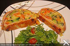Gemüsestrudel, ein gutes Rezept aus der Kategorie Snacks und kleine Gerichte. Bewertungen: 111. Durchschnitt: Ø 4,4.