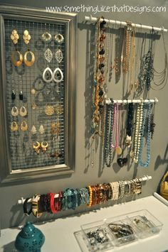 DIY Jewelry Wall! - Cool, but really missing a storage solution for the other earrings!