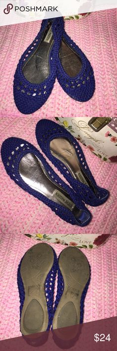 Steve Madden blue flats Really cute flats and the color is striking. Perfect for summer. Steve Madden Shoes Flats & Loafers