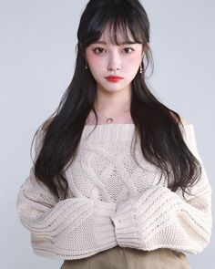 Uploaded by Find images and videos on We Heart It - the app to get lost in what you love. Ulzzang Hair, Ulzzang Korean Girl, Cute Korean Girl, Kfashion Ulzzang, Asian Girl, Korean Girl Fashion, Ulzzang Fashion, Korean Beauty, Asian Beauty