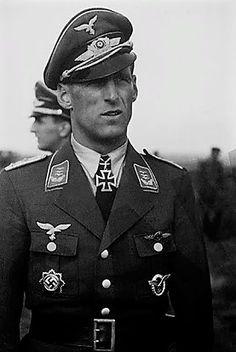 ✠ Anton Mader (7 January 1913 - 19 February 1984) RK 15.07.1942 Major Kdr II./JG 77