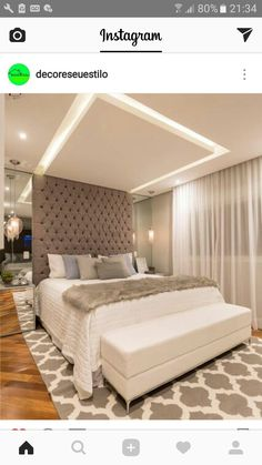 Teto, parede, espelhos... Bedroom False Ceiling Design, Bedroom Closet Design, Bedroom Furniture Design, Modern Bedroom Design, Home Room Design, Dream Bedroom, Bedroom Decor, Upholstered Walls, Small Room Decor