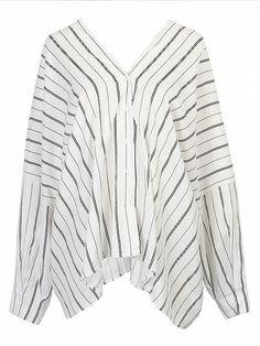 weiße Bluse, weiße Streifenbluse, minimal Stil, XXL Bluse, Berlin Streetstyle