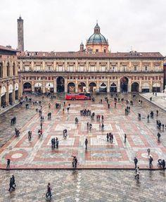 Ottimo articolo...Bologna bellissima...20 motivi per cui Bologna è davvero la peggior città d'Italia - photo credit: ig @