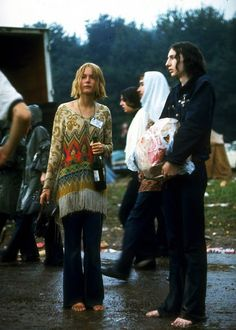 Photos of Life at Woodstock 1969