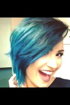 Bluevato Dyed Hair Blue, Blue Ombre Hair, Dream Hair, Pretty Hairstyles, Hair And Nails, Short Hair Styles, Natural Hair Styles, Demi Lovato, Divas